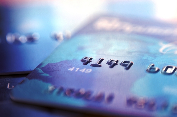 How to Spend Less While Using Your Credit Card More