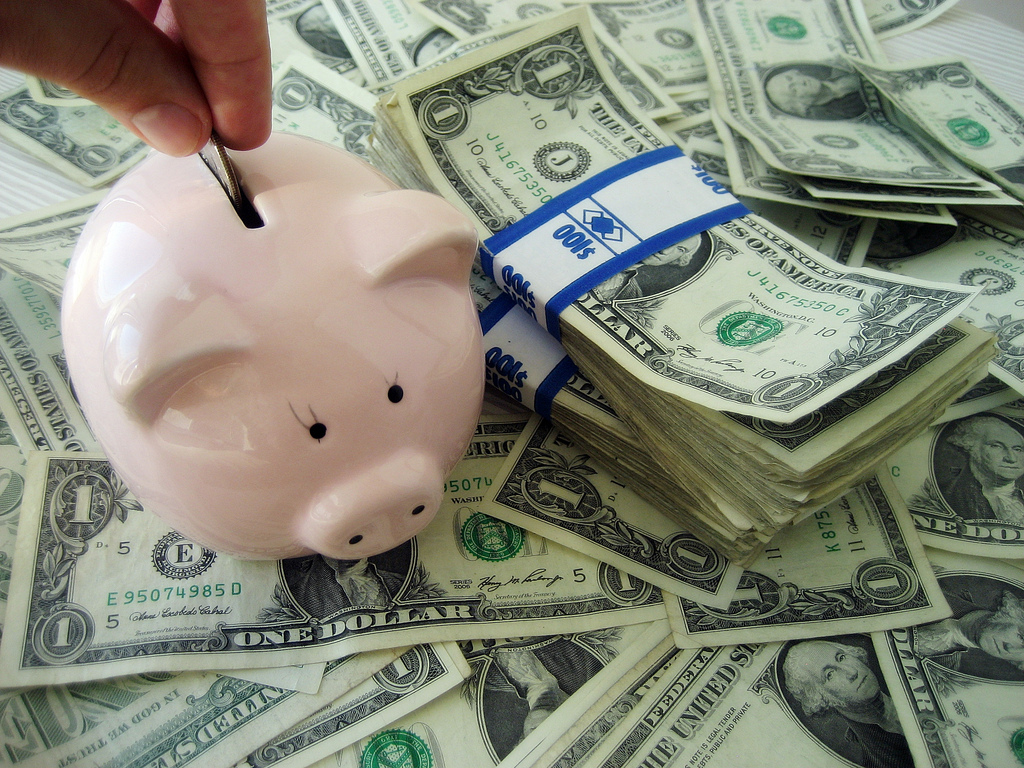 4 Ways to Financially Get Ahead